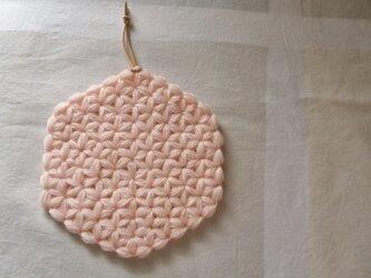 リフ編みのティーポットマット ピンクの画像