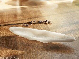 純白ガラスの器 - 「 KAZEの肌 」 ● 19cm・絹目調の画像