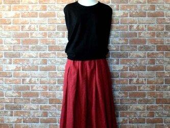 春色 ダークレッド タックギャザースカート ハーフリネンの画像