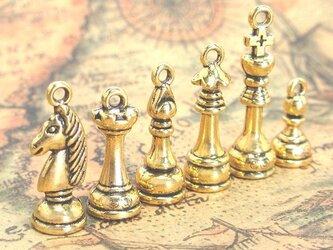 チェスのチャーム ゴールド 6種【チェスの駒パーツ ピアス素材】の画像