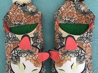 花柄三毛猫バブーシュ(C)の画像