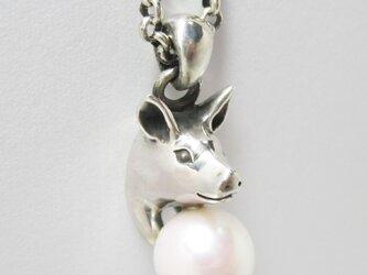 豚に真珠(ぶたにしんじゅ) NECKLACEの画像