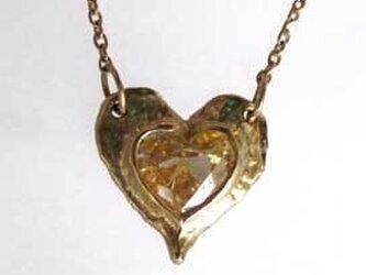 0.49cts大人かわいいハートの形の天然イエロー・ダイヤモンドのネックレスの画像