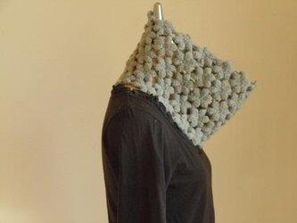 ウールアルパカのぽこぽこ花のネックウォーマー*グレーの画像