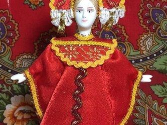 民族衣装を着た女の子のロシア人形(小)12の画像