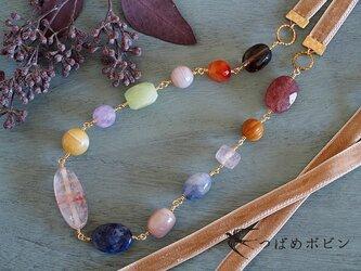 天然石とベルベットリボンのネックレス《ベージュ01》【送料無料】の画像