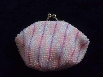 ビーズ編みがま口財布 矢羽根柄の画像