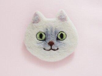 猫顔フェルトブローチ(シルバー)の画像
