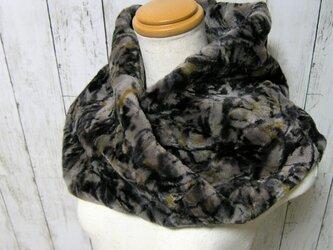 ¶ new antique fur ¶ 個性的でアートなデザインのシェアードミンクnejiriスヌード「sade」の画像