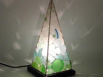 ピラミッドランプ L-8の画像