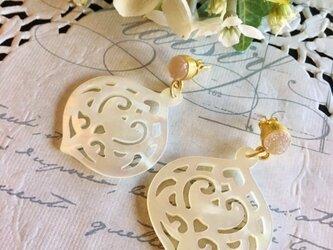 sakura lantern pierceの画像