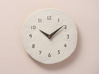 亀甲・丸型φ205彫(陶製掛時計)の画像