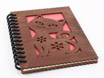 木の表紙の猫のノートブック(木製ルーズリーフ)の画像