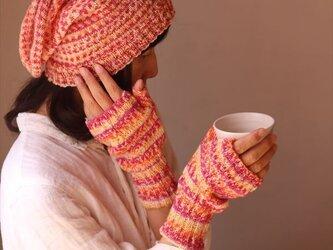 指なし手袋&ネックウォーマーセット・赤系の画像
