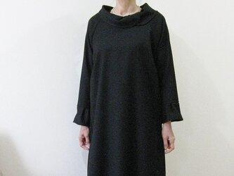 丸襟ウールワンピース~ブラック~の画像