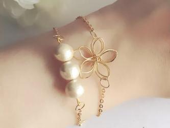 【再…】高品質な花コットンパールの2連ブレスレットの画像