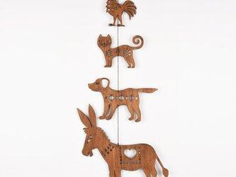 ブレーメンの音楽隊のガーランド(木の壁飾り)の画像