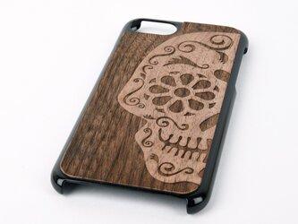 木彫りのスマホカバー 花柄ドクロ(iPhone 7 専用)Walnut Smart Phone Coverの画像
