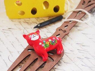 赤猫のブローチの画像