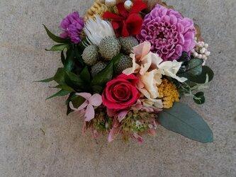 花束コサージュの画像