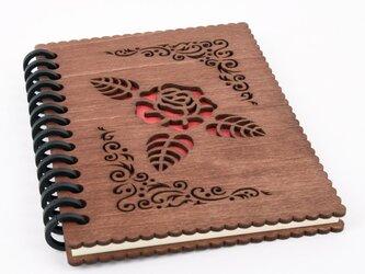 木の表紙のノートブックF 薔薇(木製ルーズリーフ)の画像