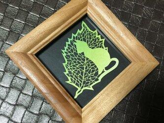 ミニ額切り絵作品・葉っぱ猫2の画像
