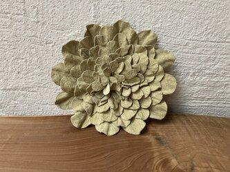 革花のブローチピン 3Lサイズ  ベージュの画像