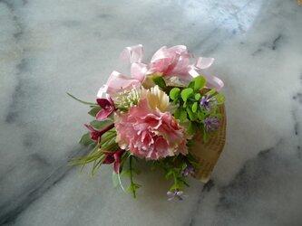 カーネーションの花束 ピンク 感謝 の画像