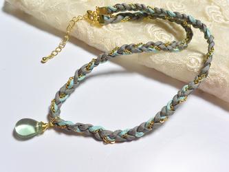 ハボタイシルクコード&フローライトのネックレス・ブルーの画像