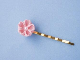 春うらら♫はんなり桜のヘアピン ひと粒 つまみ細工の画像