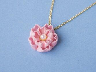 春うらら♫八重桜のネックレス〈受注制作〉 つまみ細工の画像