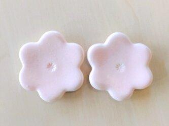 花型の箸置き(桜色)の画像