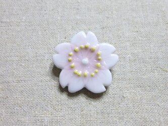 桜ブローチの画像