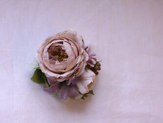 コサージュ ピンクのオールドローズの画像