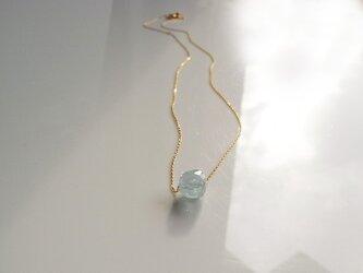 アクアマリン原石1粒ネックレス 10Kイエローゴールドの画像