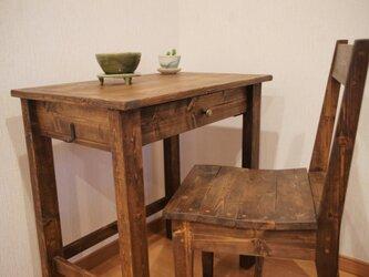 ワークデスク1と椅子の画像