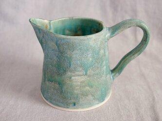 緑青色のピッシャー(水差し)/花瓶の画像