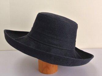 A1-13 大きめブリムの帽子 麻ネイビーの画像