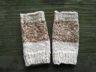 手紡ぎ綿のリストウォーマーの画像