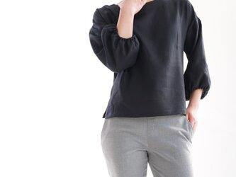 ベルギーリネン 袖口ふんわりのドロップショルダー・トップス/ブラック t1-43の画像