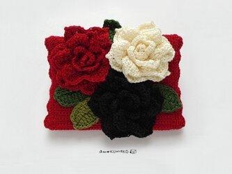 薔薇三連のティッシュケースの画像