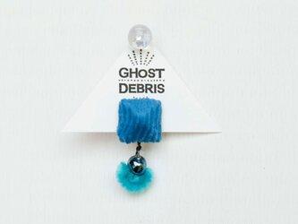 青と房の片耳ピアスの画像