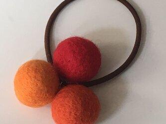 3色フェルトボールのゴムの画像