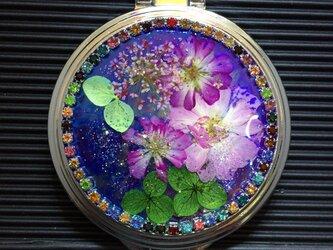 ミニバラの押し花ミラーコンパクトの画像