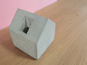 家のブックエンド(M)の画像