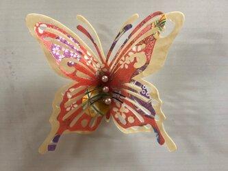 立体切り絵 蝶々のマグネットの画像