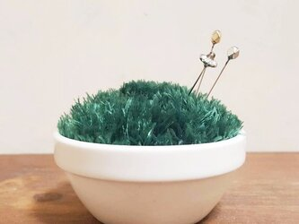 mini芝鉢ピンクッション02 ※マチ針3本セットの画像