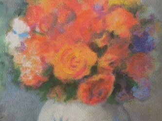 オレンジ色のバラの画像