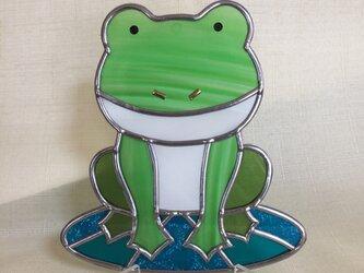 グラスアート 飾り盾(カエル)の画像