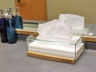 おしゃれなコルクとアクリルの透明クリスタルティッシュボックスの画像